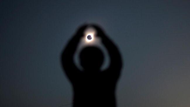 Fenomena gerhana matahari cincin akan menyambangi kabupaten Siak, Riau pada 26 Desember 2019.