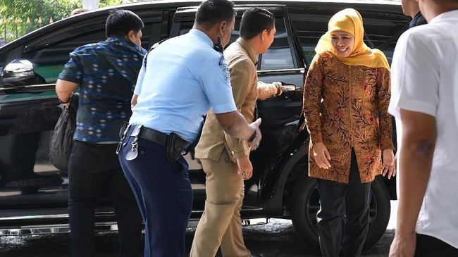 Gubernur Jawa Timur Khofifah Indar Parawansa mengatakan wacana evaluasi Pilkada merupakan kewenangan Presiden Joko Widodo.