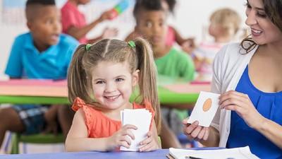 4 Cara Sederhana Mengajari Anak agar Cepat Bicara