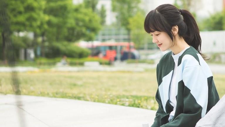 Terhitung 15 film dan empat serial televisi yang sudah dibintanginya. Soo Jung juga telah mengantongi 17 piala dari berbagai ajang penghargaan.