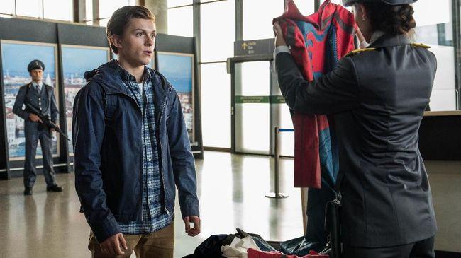 Memiliki karakter berhijab dan memberi peran pada aktor transgender di 'Spider-Man: Far From Home', Marvel Studios tampak sedang menyasar pasar baru.