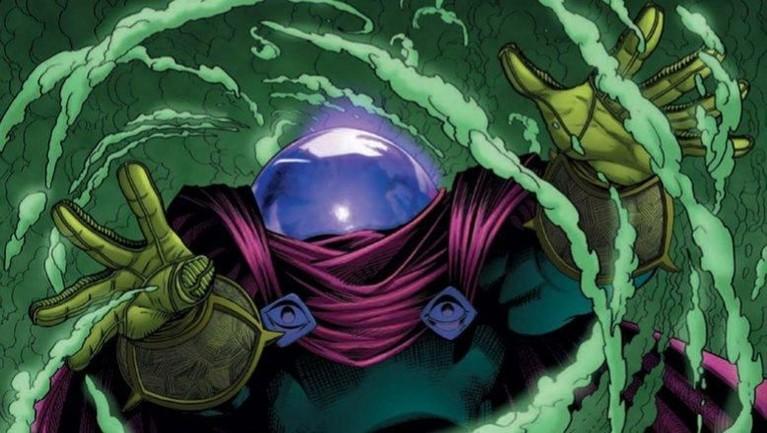 Karakter Mysterio terinspirasi dari komik The Amazing SpiderMan #13 di tahun 1964. Mysterio menjadi karakter jahat namun mengaku jika dirinya adalah pahlawan kebenaran.