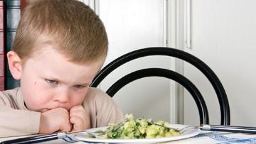 Penyebab Anak Lakukan Gerakan Tutup Mulut