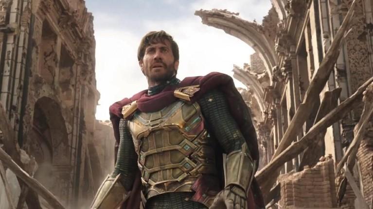 Lewat kostumnya, karakter Mysterio juga disebut-sebut sebagai perpaduan antara Iron Man dan Thor.