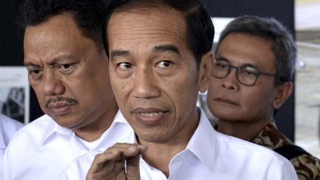 Selain karena tengah menghadapi berbagai masalah dari mulai Papua hingga karhutla, Jokowi juga dinilai tak ingin memperkeruh situasi dengan bersikap reaktif.