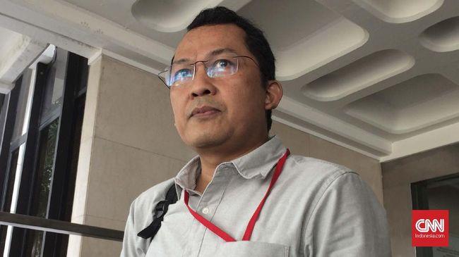 Wagub DKI Ahmad Riza Patria mengatakan M Tsani yang pernah menjadi penasihat KPK mengundurkan diri dari jabatan Kepala Bapenda.