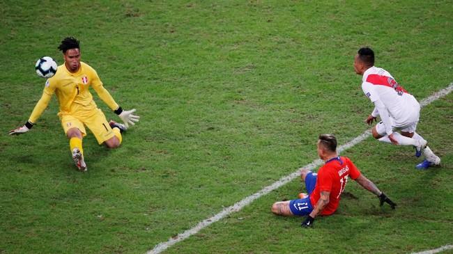 Peru berhasil lolos ke final Copa America 2019 dengan mengalahkan Chile. Berikut foto-foto pilihan laga tersebut.