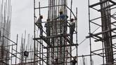 Pemerintah India berambisi meningkatkan perekonomiannya dari saat ini setara US$2,7 triliun menjadi US$5 triliun pada 2025.