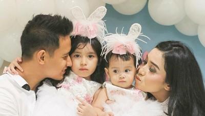 Jarang Terekspose, 7 Potret Harmonisnya Keluarga Lian Firman