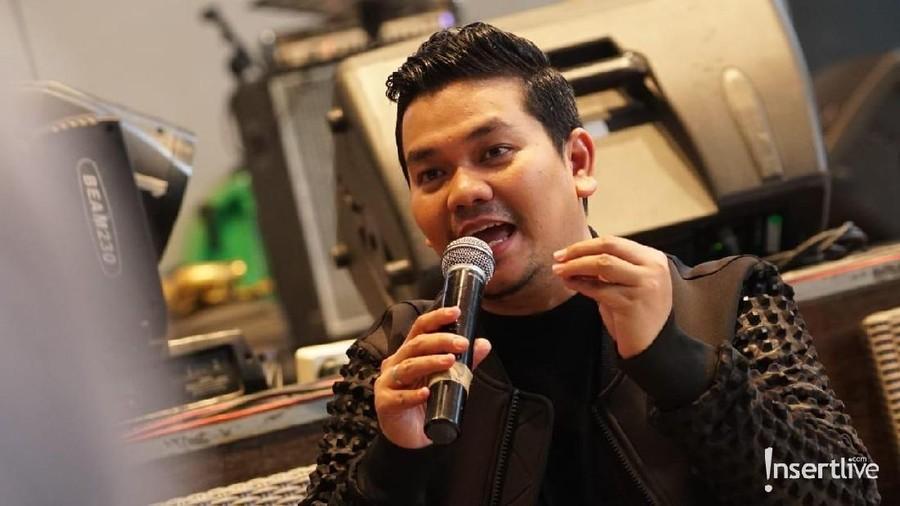 Lewat Lagu 'Bacot', Indra Bekti Kritik Pengguna Media Sosial