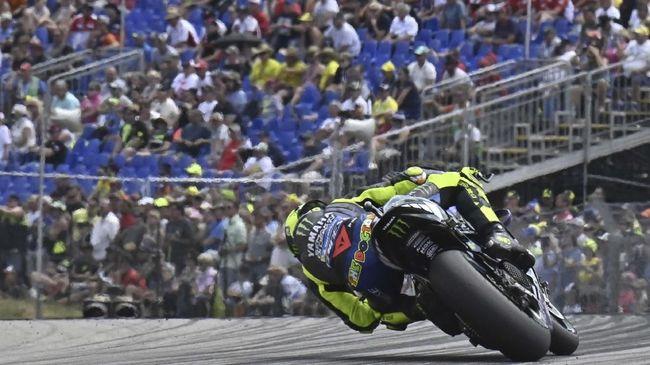 Yamaha sukses mengamankan Fabio Quartararo dan Valentino Rossi dalam pelukan mereka secara bersamaan di MotoGP.