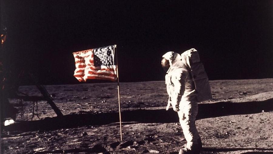 Deretan Program Momen Pendaratan di Bulan Tahun 1969