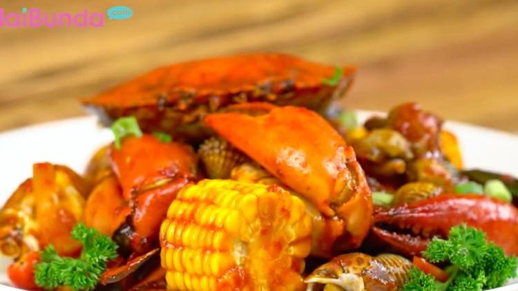 Pecinta seafood wajib coba nih, Bun. Resep seafood platter yang kaya gizi dan nutrisi.