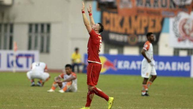 Persija Jakarta berhasil mengalahkan PS Tira Persikabo 2-0 pada pekan ke-26 Liga 1 2019 di Stadion Patriot Chandrabhaga, Bekasi, Minggu (3/11).