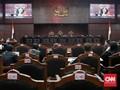 Kisah Honorer Mengejar Keadilan Hukum ke Istana sampai MK