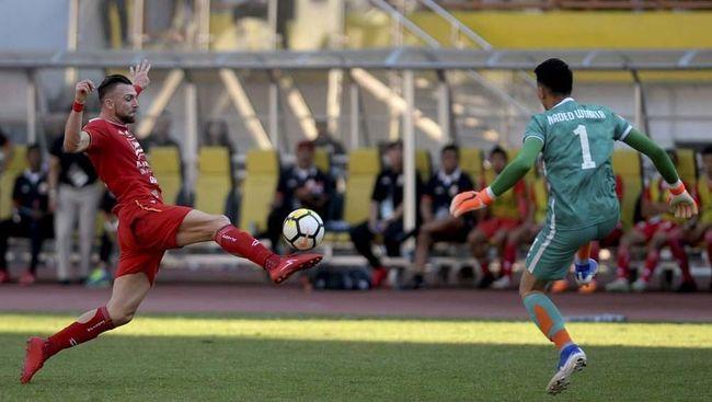 Marko Simic jadi sorotan jelang duel Persija Jakarta vs Persib Bandung pada leg pertama final Piala Menpora 2021.