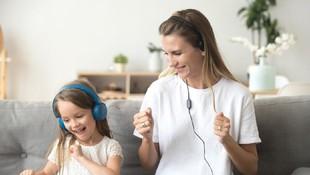 Tahapan Kenalkan Musik pada Anak Berdasarkan Usia