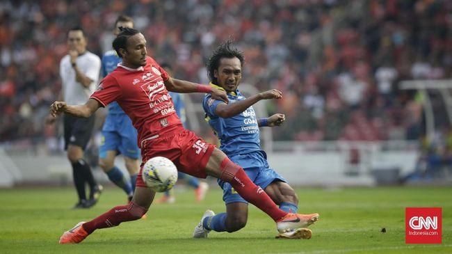 Persib Bandung memegang rekor tidak pernah kalah dari Persija Jakarta selama tujuh tahun dalam laga kandang jelang pertemuan kedua tim, Senin (28/10).