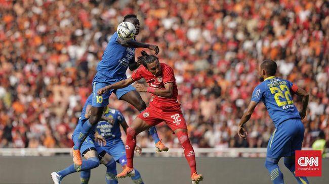 Persib Bandung dan Persija Jakarta merespons positif kebijakan penundaan kembali Liga 1 2020 karena pandemi virus corona di Indonesia belum membaik.