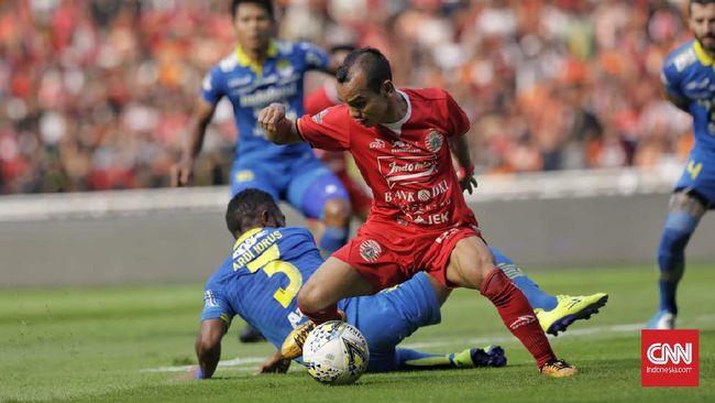 Jadwal leg kedua final Piala Menpora 2021 antara Persib Bandung vs Persija Jakarta akan digelar di Stadion Manahan, Solo, Minggu (25/4).