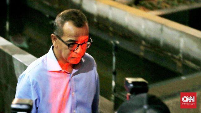 KPK menargetkan kasus suap yang menjerat eks Dirut Garuda Indonesia, Emirsyah Satar rampung pada Agustus, selesai sebelum masa kepemimpinan KPK habis.