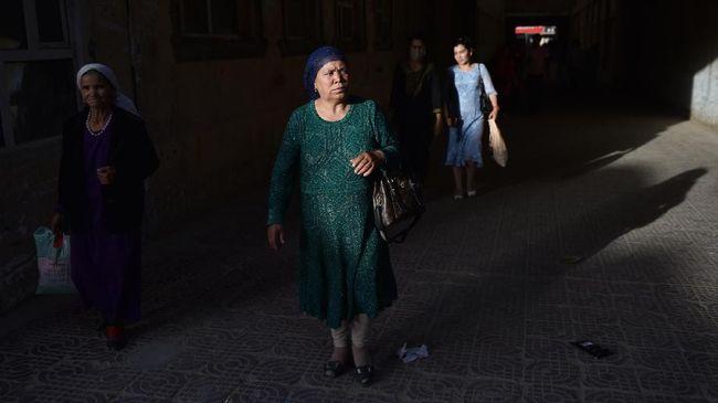Sejumlah perempuan etnis Uighur yang mengaku pernah ditahan di kamp khusus di Xinjiang, China mengklaim mereka secara paksa dibuat mandul.