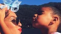 Blue Ivy Carter adalah anak pertama Beyonce dan Jay Z. Saat ini usia Blue sudah 7 tahun. (Foto: Instagram @beyonce)