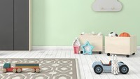 Bunda juga bisa pilih warna pastel untuk ruang main anak. Jangan lupa sertakan boks mainan yang dilengkapi roda supaya memudahkan Bunda saat dekorasi ulang. (Foto: iStock)