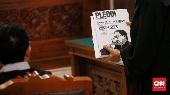 Mantan Plt Ketua PSSI Joko Driyono menyatakan tidak bersalah dalam sidang pleidoi atau pembelaan atas dakwaan jaksa di PN Jakarta Selatan pada Kamis (11/7).