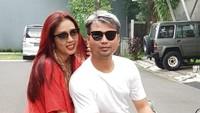 Soimah Pancawati menikah dengan Herwan Prandoko, atau akrab disapa Koko, pada 27 Desember 2002. (Foto: Instagram @showimah)