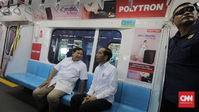 Prabowo Subianto mengunggah foto sketsa saat duduk berdampingan dengan Presiden Jokowi di gerbong MRT melalui akun Instagramnya.