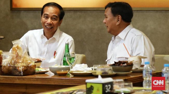 Arti di Balik MRT dan Baju Putih di Pertemuan Jokowi-Prabowo