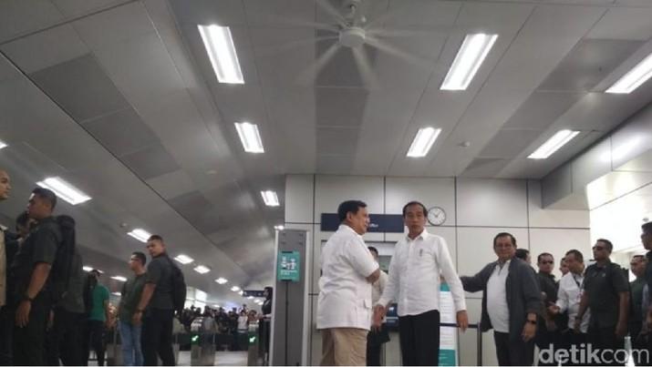 Satu Hati, Jokowi-Prabowo: Tak Ada Lagi Cebong-Kampret!