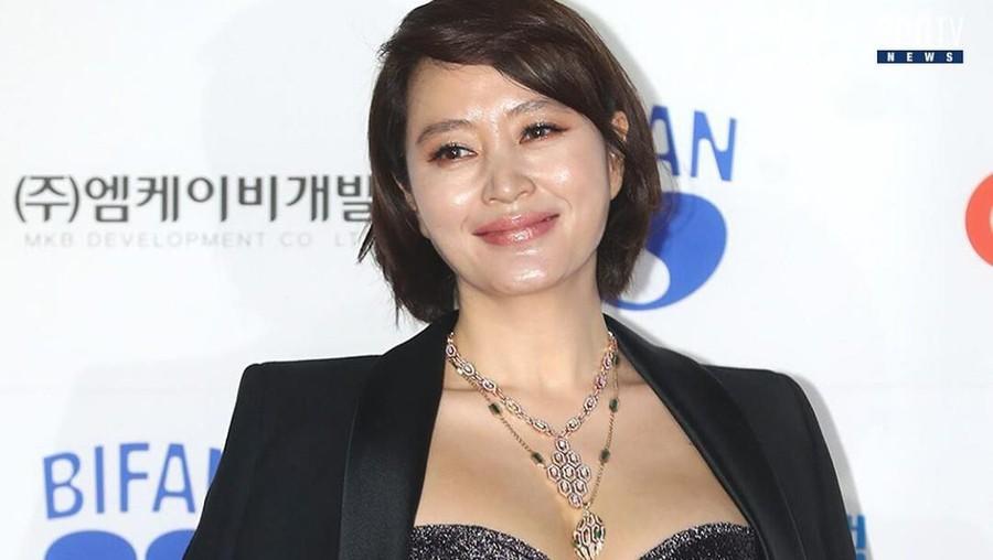 Menanggung Utang Ibu, Aktris Korea Ini Sekarang Hidup Susah