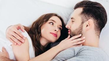 Posisi Seks untuk Membantu Bunda Lebih Cepat Orgasme
