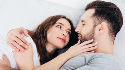 Posisi Seks yang Direkomendasikan untuk Bunda Coba