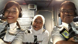 Haru, Viral Pilot Pindah Maskapai demi Terbang dengan 2 Putrinya