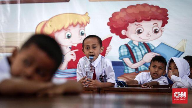 Program Kampus Mengajar oleh Kemendikbud baru diminati 270 mahasiswa. Program ini menyasar penugasan ke sekolah dasar di daerah 3 T.