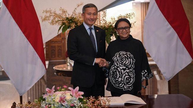 Singapura dan Indonesia sepakat akan terus membujuk Myanmar agar menjamin keamanan pengungsi Rohingya yang ingin pulang ke negara bagian Rakhine.