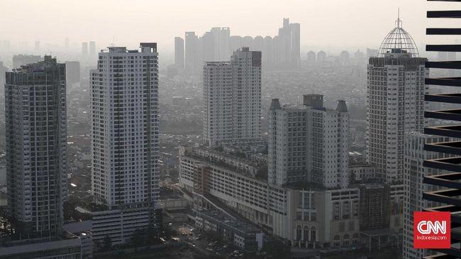 Di akhir pekan yang cerah ini kualitas udara di DKI Jakarta malah masuk kategori tidak sehat.