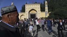 China Kritik Komentar Paus Fransiskus soal Muslim Uighur