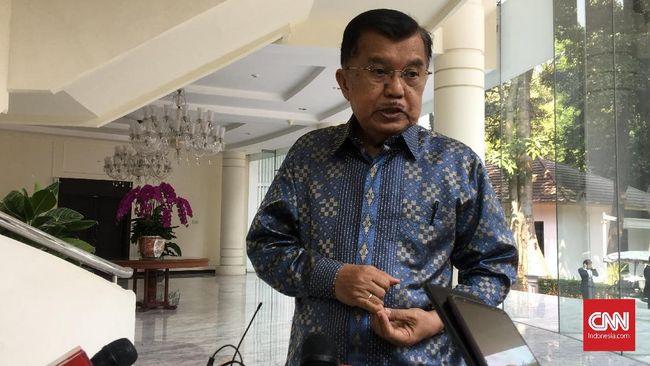 Jusuf Kalla berpendapat Kemendagri berhak tak mengeluarkan izin untuk kepala daerah yang akan ke luar negeri bila hanya menghadiri acara tak penting.