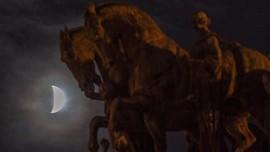 Waktu Terbaik Lihat Gerhana Bulan Penumbra di RI Malam Ini