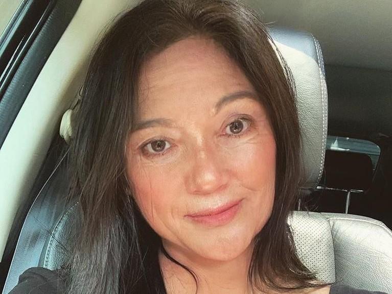 Lain Rossa, lain pula penyanyi cantik Marion Jola. Dia juga mengunggah foto wajahnya yang kemungkinan menjadi wajah tuanya nanti. Gimana insertizen, masih cantik kan?