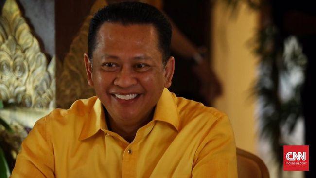 Ketua MPR Bamsoet beralasan pemberian vaksin diutamakan di Pulau Jawa karena pulau terpadat di Indonesia itu menjadi episentrum penyebaran virus corona.