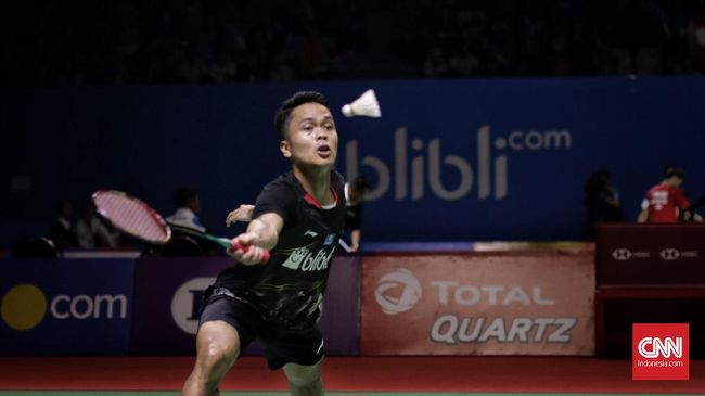 Anthony Sinisuka Ginting melangkah ke final Hong Kong Open 2019 setelah mengalahkan sesama wakil Indonesia, Jonatan Christie.