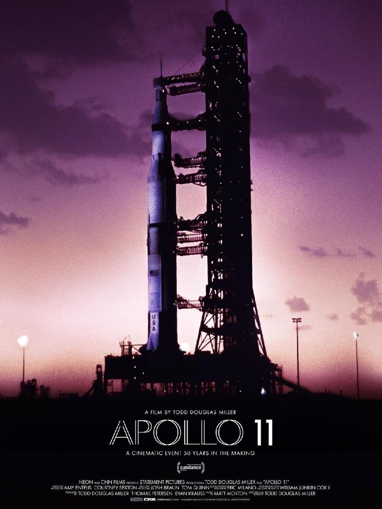 Apollo 11 (2019). Dirilis pada awal tahun ini, film ini berfokus pada misi Apollo 11 yang terjadi pada 1969. Misi penerbangan antariksa itu sendiri berisi para awak yang berhasil pergi ke bulan untuk pertama kalinya.