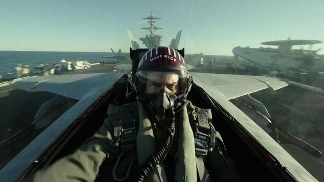 Helm yang digunakan Tom Cruise dalam film Top Gun terjual dengan harga setara Rp4,8 miliar dalam acara lelang pada 26-27 Agustus lalu.