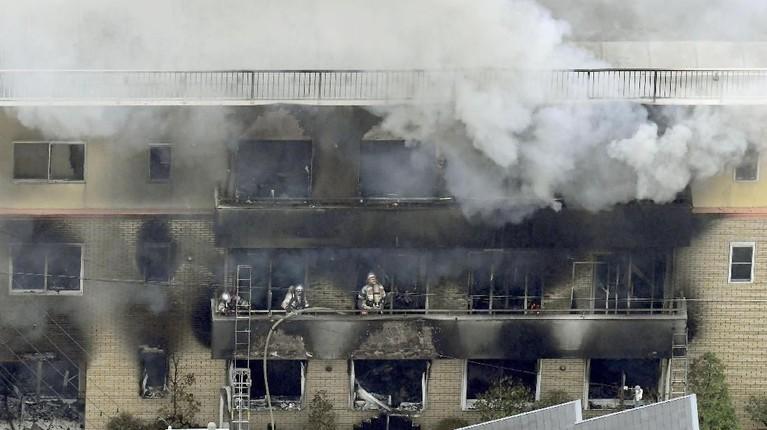 Kebakaran yang terjadi di Kyoto Animation Studio, Jepang, menjadi musibah yang amat menyakiti perasaaan warga Jepang hingga dunia.