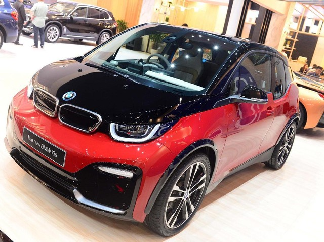Mobil Listrik Perkotaan BMW i3s